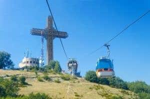 Op de berg vlakbij Skopje vind je het Millennium kruis